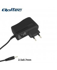 Qoltec 50001 2.1A 5V 2.5x0.7mm connector Universal Phone & tablet PC Travel Charger with 1.4m Cable